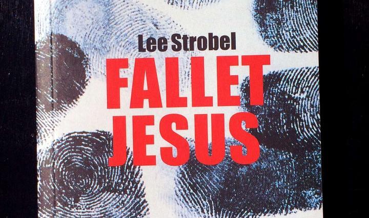 Bild på boken Fallet Jesus av Lee Strobel
